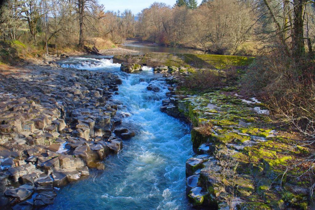 Oregon Rocky Stream 01 resized